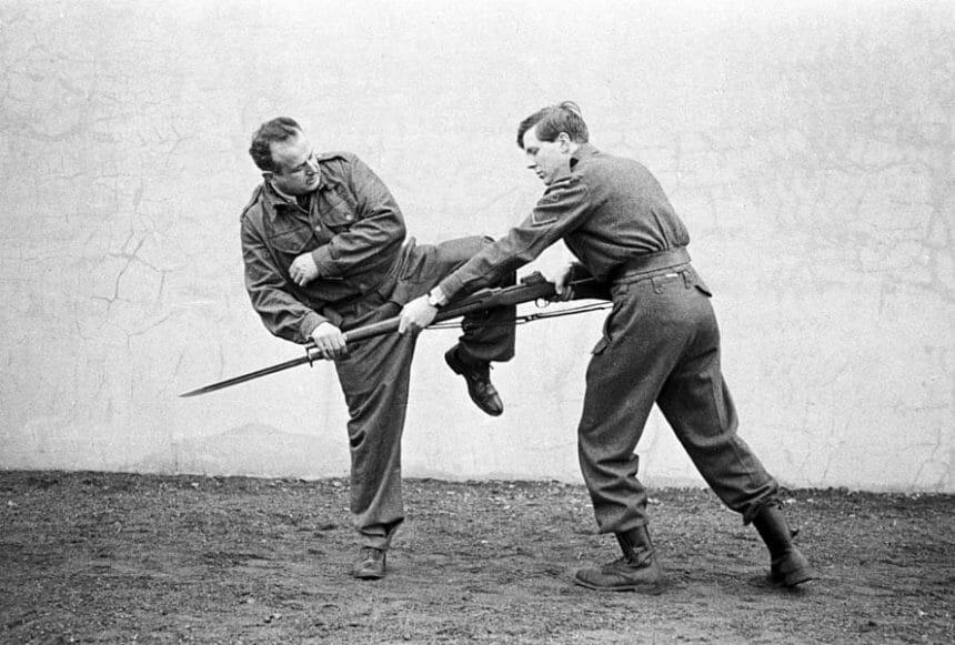 Hadaka-Jime Bayonet Defense