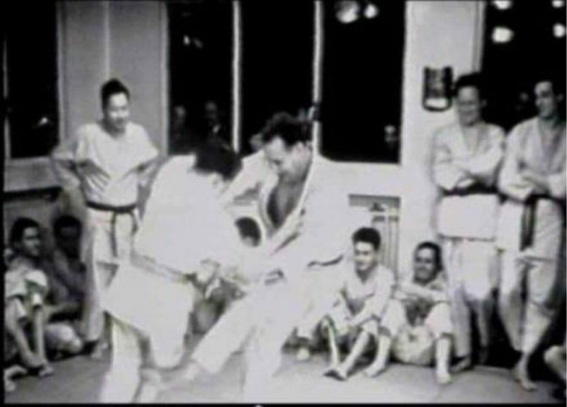 (Moshe performing okuri-ashi-harai, 1939.)